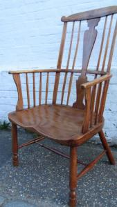 Comb back Windsor - £1,650