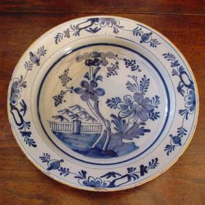 Delft Charger - £195