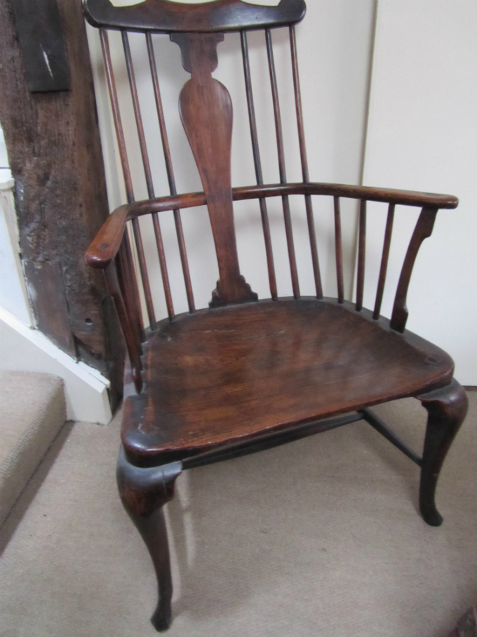 Fine 18c Comb Back Windsor - £6,500