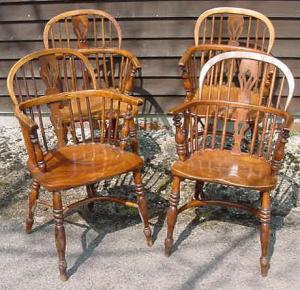 Set of 8 Nottinghamshire Windsor Armchairs - £2,950